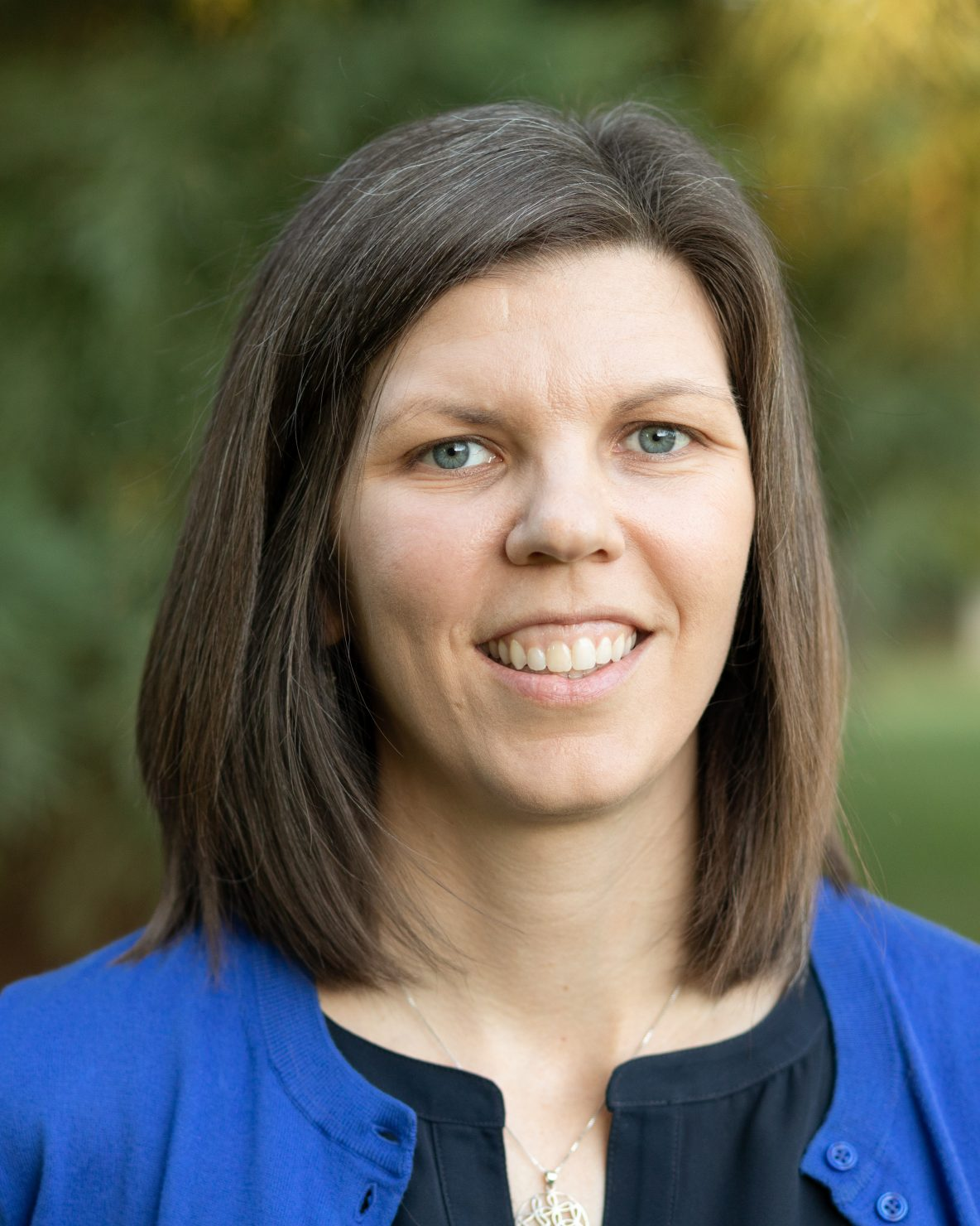 head shot - Dr. Laura Smithers
